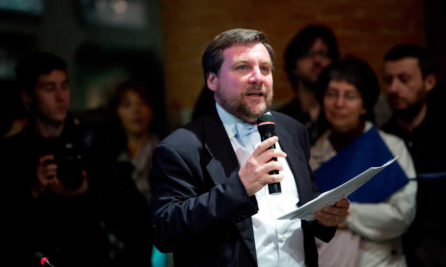 Luca Mercalli è meteorologo, climatologo, accademico e divulgatore scientifico.