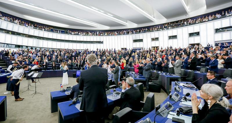 """La richiesta dei parlamentari UE nasce in risposta a un quadro problematico: ad oggi i terreni continentali in precarie condizioni rappresentano non meno del 60% delle aree coltivabili totali. Foto: CC-BY-4.0: © European Union 2019 – Source: EP"""". (creativecommons.org/licenses/by/4.0/)"""