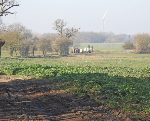 Nitrogen is used in agriculture as the basic element of many fertilizers. It is an essential factor for plant growth but also a potential source of pollution. Photo: Adrian S. Pye Attribution-ShareAlike 2.0 Generic (CC BY-SA 2.0)