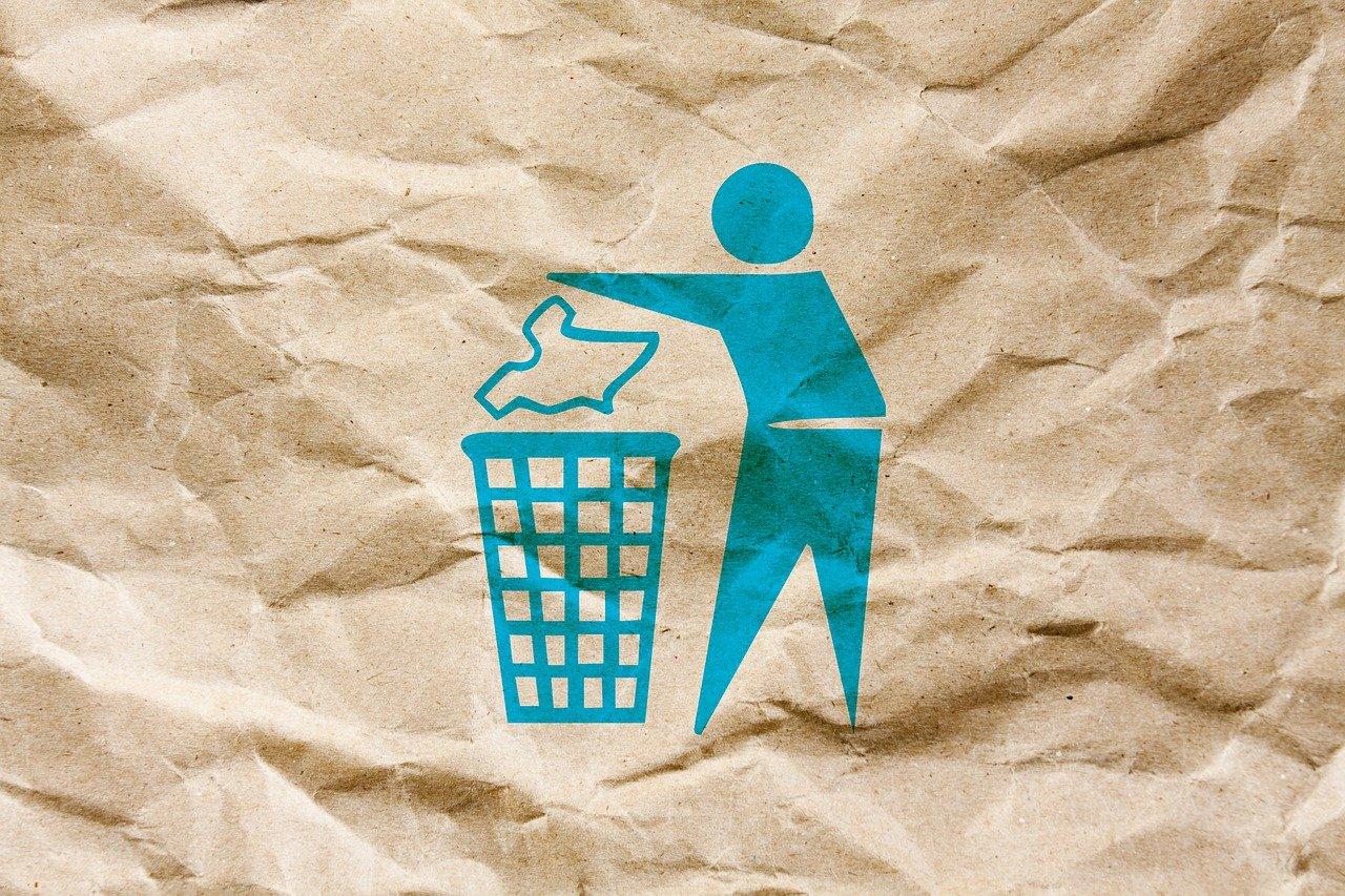Nell'ambito della bioeconomia circolare quello del riciclo del materiale naturale è uno dei comparti più resilienti alla crisi. Foto: Pixabay License Free for commercial use No attribution