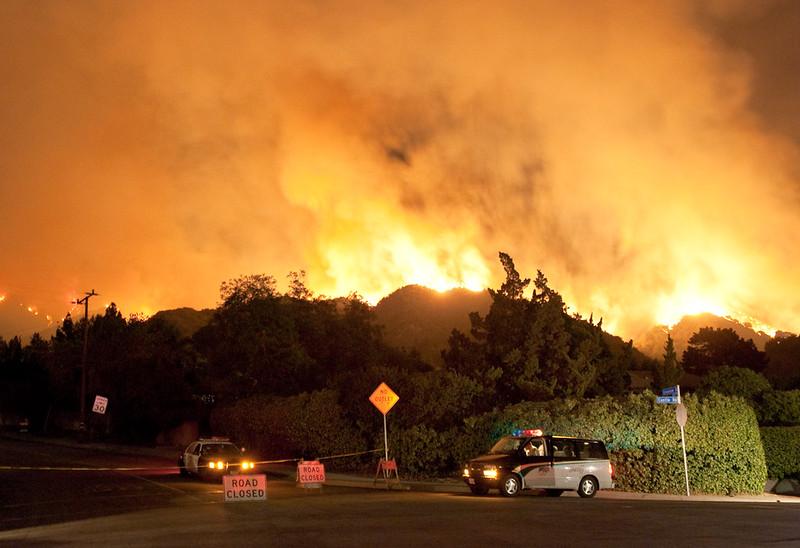 Le conseguenze degli incendi sullo stato del terreno e la disponibilità idrica si fanno sentire per molti anni anche dopo che le fiamme sono state domate. Foto: Anthony Citrano Attribution-NonCommercial-NoDerivs 2.0 Generic (CC BY-NC-ND 2.0)
