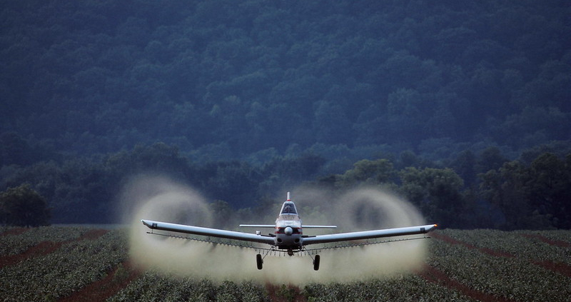 Pesticide use in U.S. is still much higher than in Europe. Photo: tpmartins Attribution-NonCommercial-ShareAlike 2.0 Generic (CC BY-NC-SA 2.0)