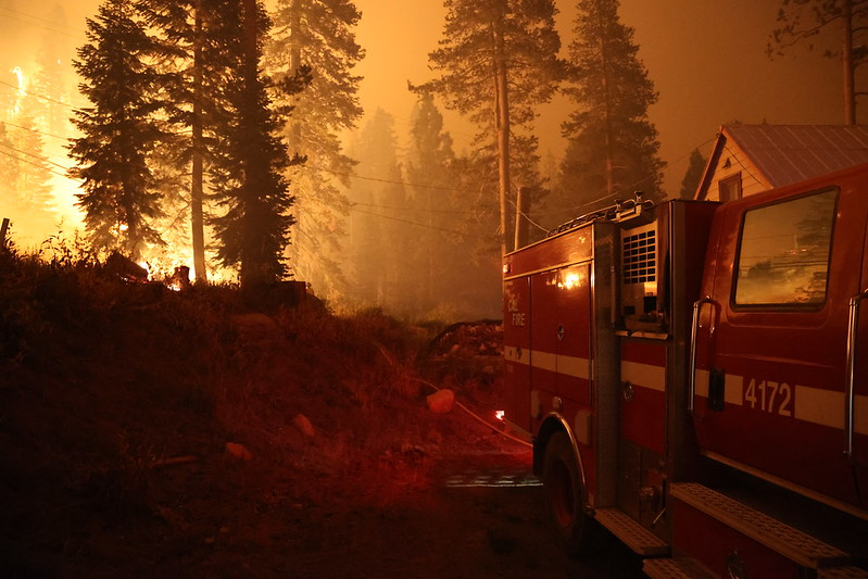 The spread of wildfires in the US poses a serious threat to the corporations that have invested in forest protection to offset their emissions. Photo: CALFIRE_Official Attribution-NonCommercial 2.0 Generic (CC BY-NC 2.0)